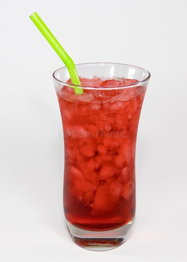 Kersen rood sodawater in tulpenglas royalty-vrije stock foto's