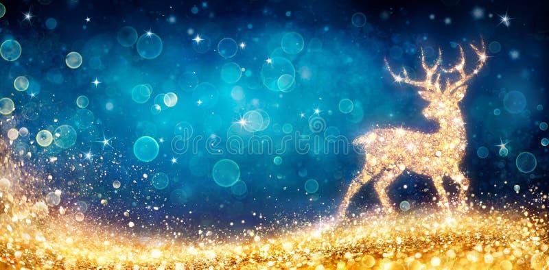 kerst - magische gouden deer in het glimmende blauw royalty-vrije stock afbeeldingen