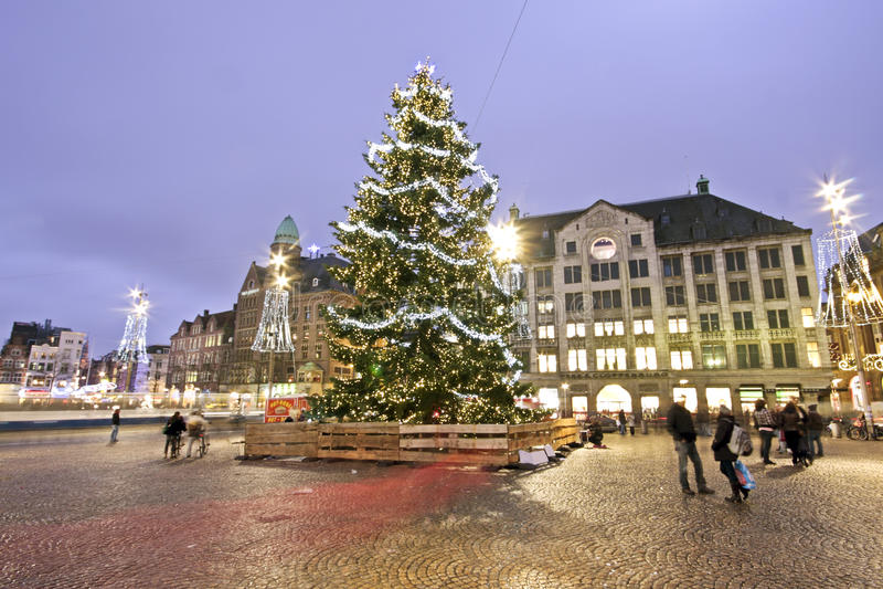 Kerstboom in Amsterdam Neth stock fotografie
