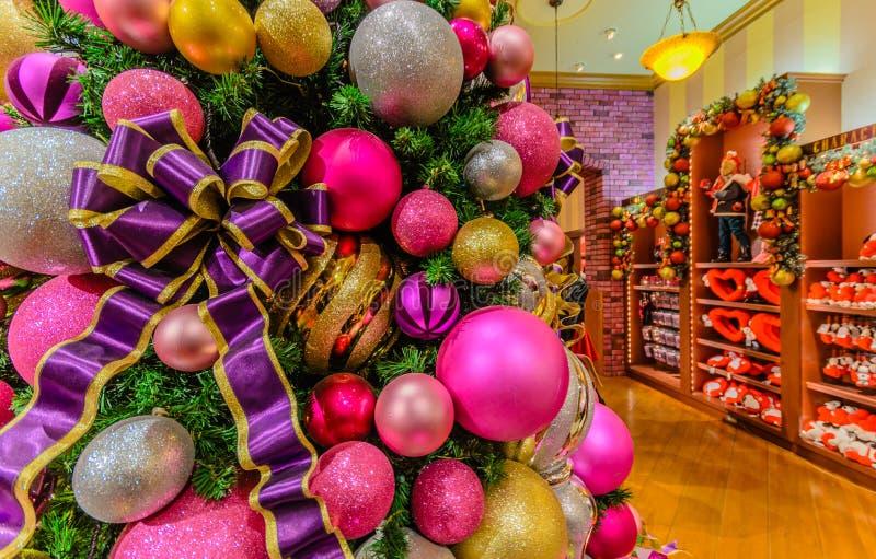Kerstboom bij Nacht stock afbeeldingen