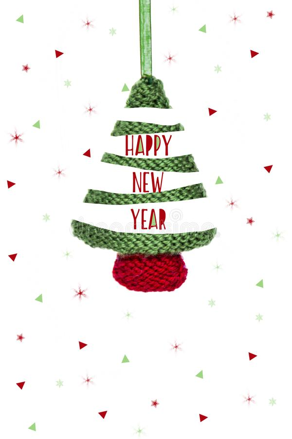 Kerstkaart - gebreide groene boom, Kerstmissnuisterij op witte achtergrond royalty-vrije illustratie