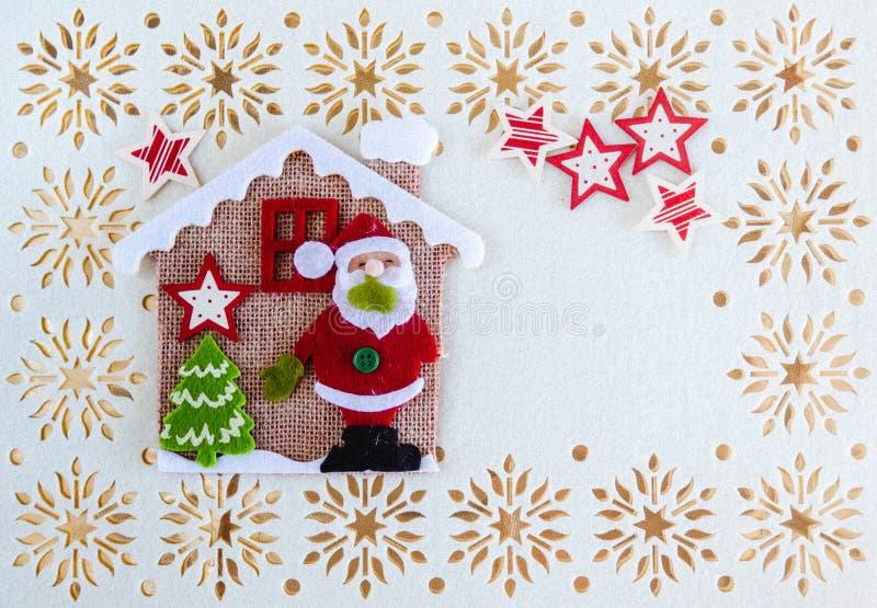 Kerstkaart met Exemplaarruimte, Decoratie Santa Claus, Boom, Sterren en Weinig Haus royalty-vrije illustratie