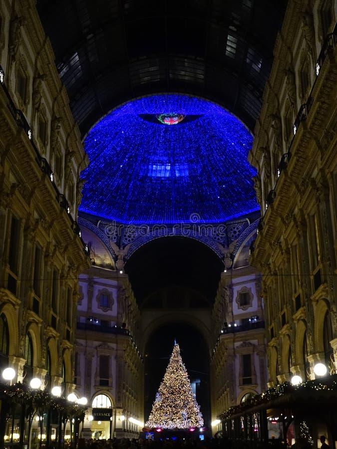 Kerstlampjes in Milaan royalty-vrije stock afbeelding