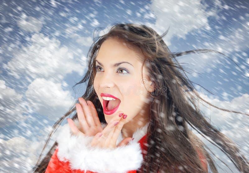 Kerstman in sneeuw royalty-vrije stock fotografie