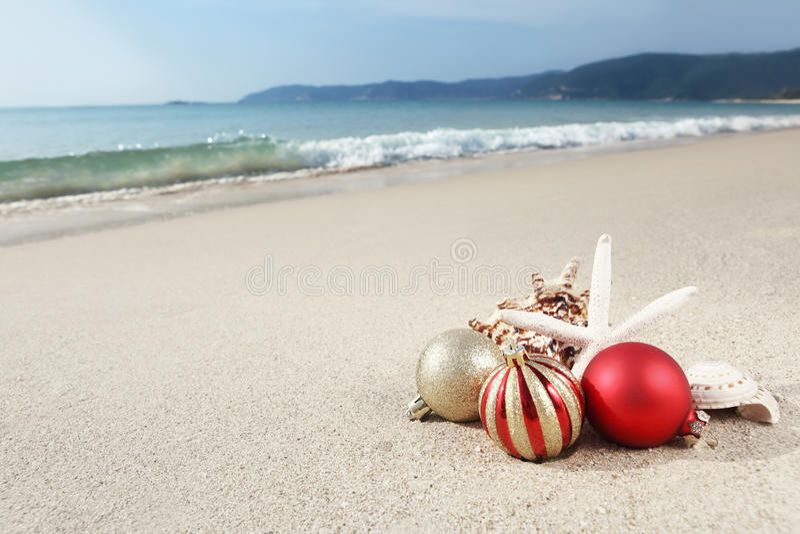 Kerstmis bij het strand royalty-vrije stock foto's
