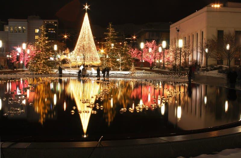 Kerstmis in de stad stock afbeelding