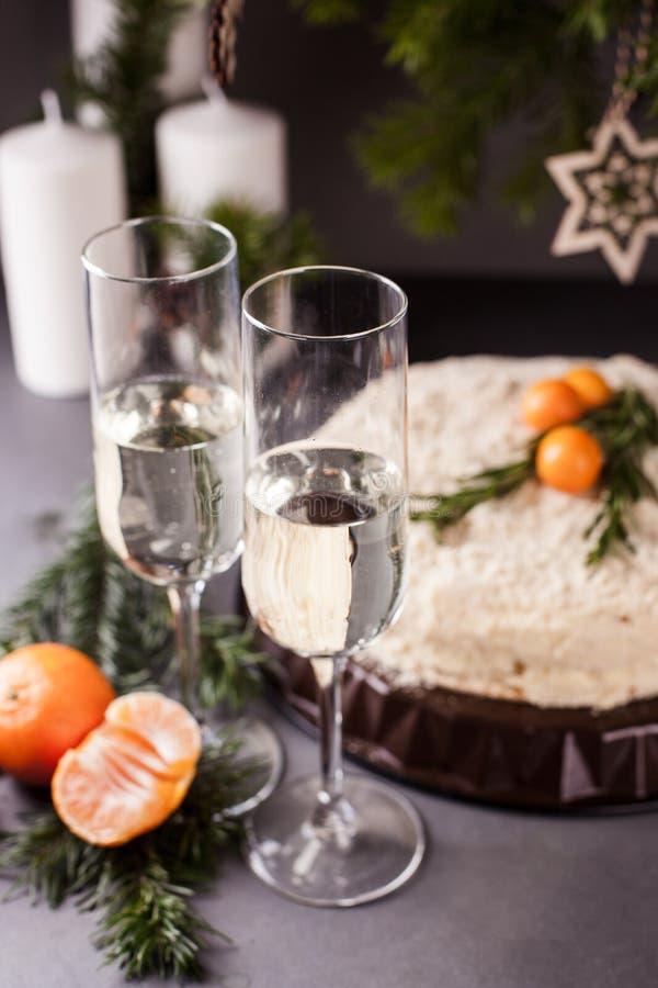 Kerstmis en Nieuwjaarvakantielijst het Plaatsen viering Plaats die voor Kerstmisdiner plaatsen royalty-vrije stock foto's