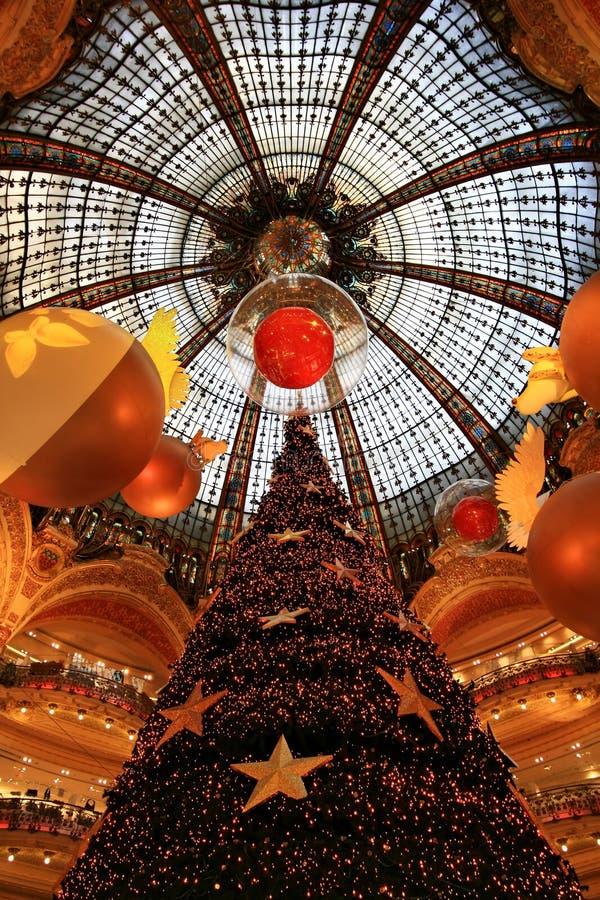 Kerstmis in Galeries Lafayette royalty-vrije stock fotografie