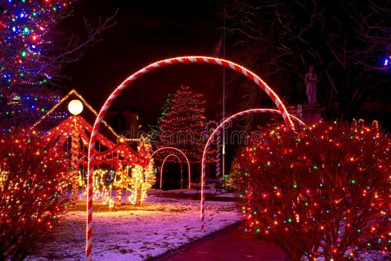 Kerstmis op het dorpslagerhuis stock foto