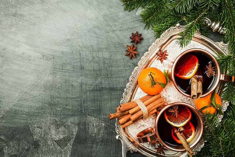 Kerstmis overwogen wijn stock foto's