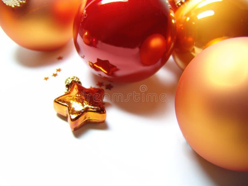 Kerstmis snuisterijen + ster stock fotografie