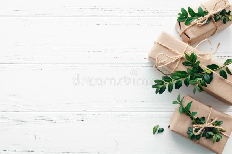 Kerstmis stelt met natuurlijke decoratie voor royalty-vrije stock afbeelding