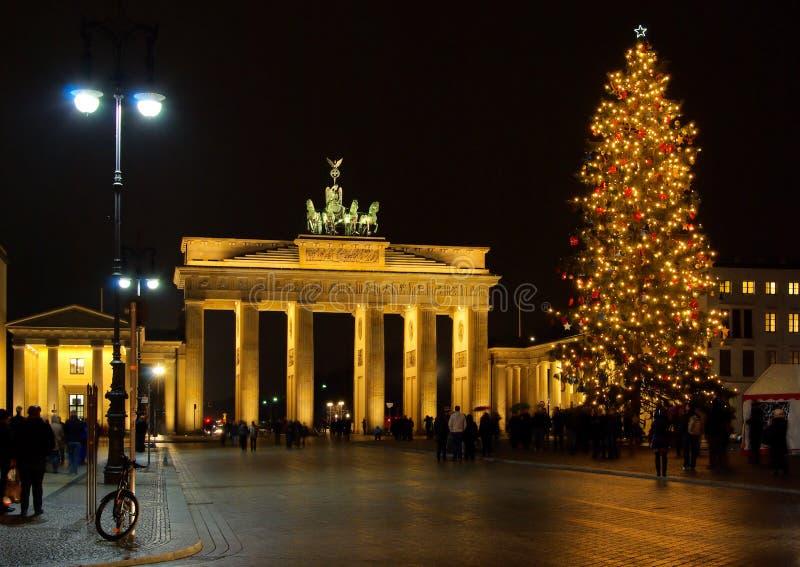 Kerstmis van de Poort van Berlijn Brandenburg stock afbeeldingen