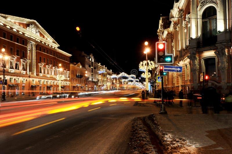 Kerstmisdecoratie van Nevsky Prospekt in Heilige Petersburg nig royalty-vrije stock afbeelding