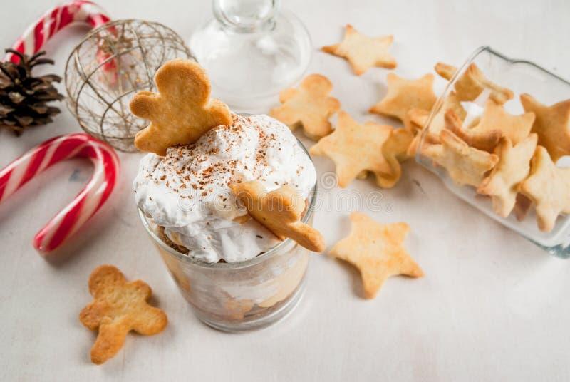 Kerstmisdessert, grappig Ginger Trifle royalty-vrije stock afbeeldingen