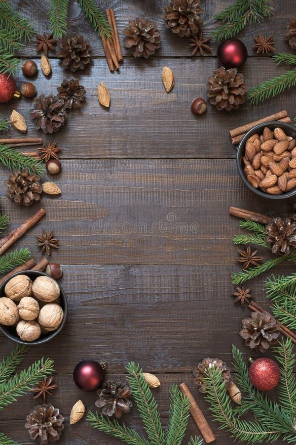 Kerstmisgrens met ingrediënt voor het koken van vakantievoedsel met exemplaarruimte stock foto's