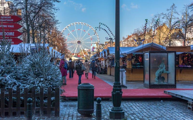 Kerstmismarkt in het centrum van Brussel royalty-vrije stock foto's