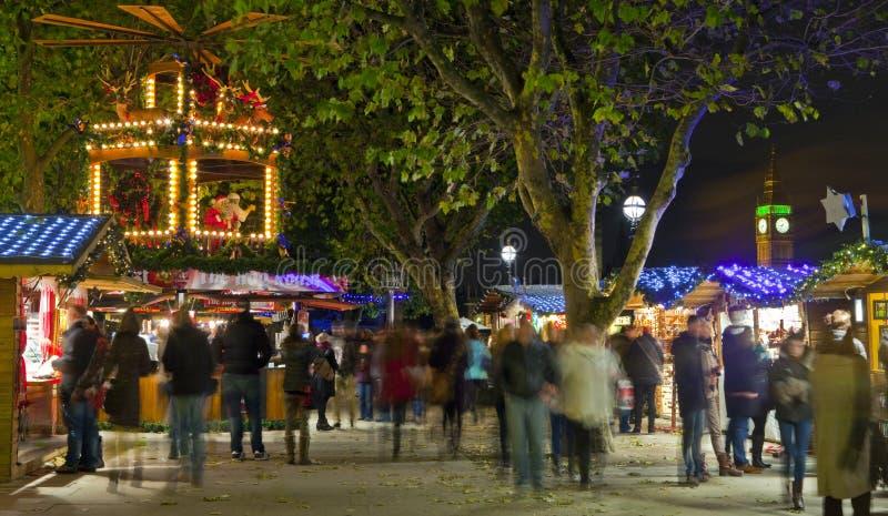 Kerstmismarkt van de zuidenbank in Londen stock foto's