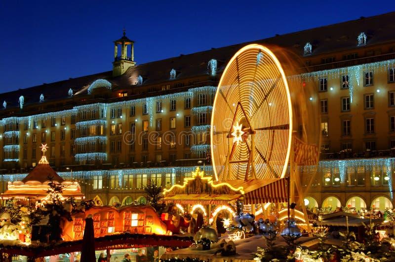 Kerstmismarkt van Dresden stock fotografie