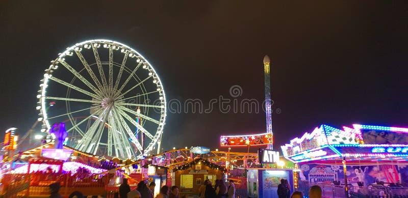 Kerstmismarkt van het de wintersprookjesland in Hyde Park In London stock afbeelding