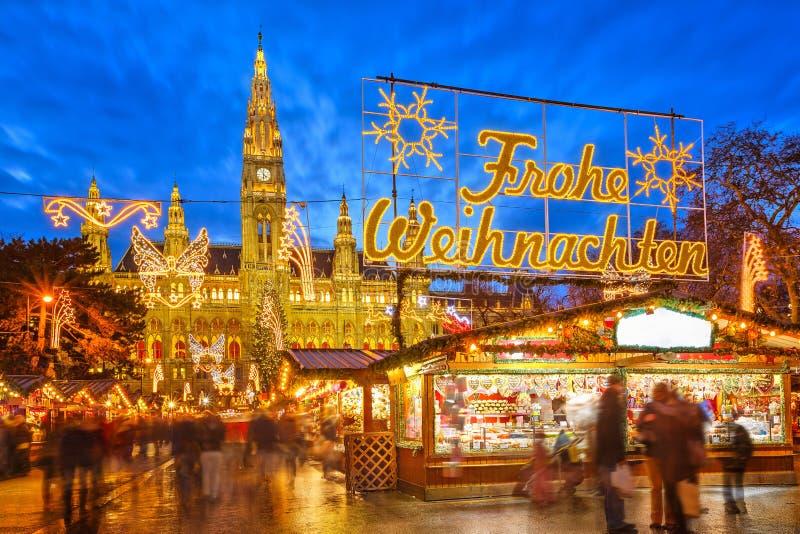 Kerstmismarkt in Wenen royalty-vrije stock afbeeldingen