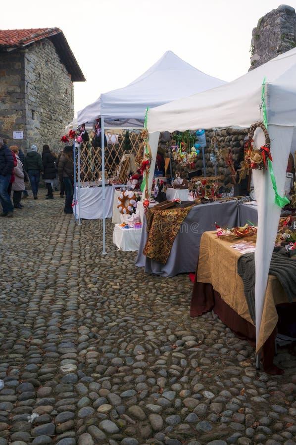 Kerstmismarkten Het beeld van de kleur stock afbeelding