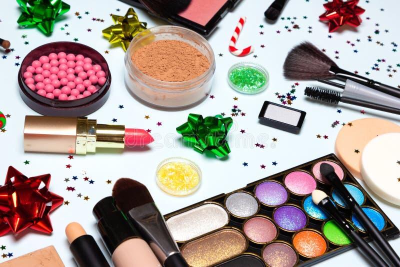 Kerstmispartij het glinsteren de make-up, het fonkelen Nieuwjaar maakt omhoog royalty-vrije stock afbeeldingen