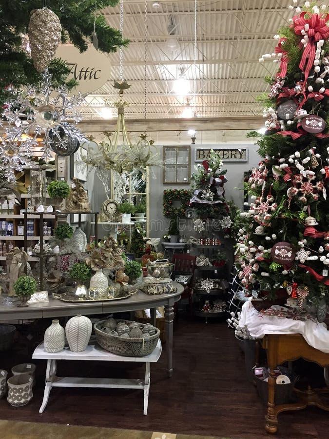 Kerstmisproducten van Nice voor verkoop bij het leveren van opslag stock afbeelding