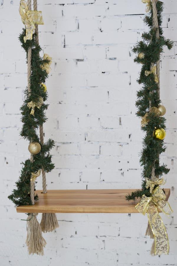 Kerstmisschommeling royalty-vrije stock afbeeldingen