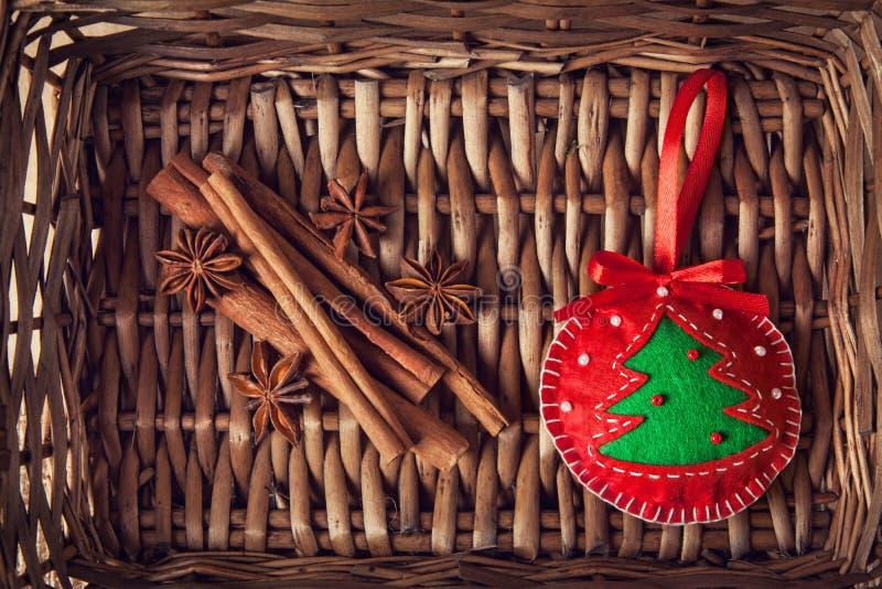 Kerstmisstuk Speelgoed En Kruiden Royalty-vrije Stock Afbeeldingen