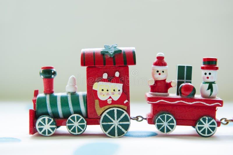 Kerstmisstuk speelgoed trein stock afbeelding