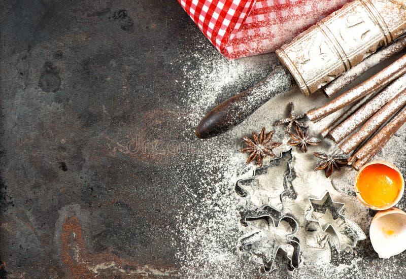 Kerstmisvoedsel Bakselingrediënten, kruiden en tol royalty-vrije stock afbeelding
