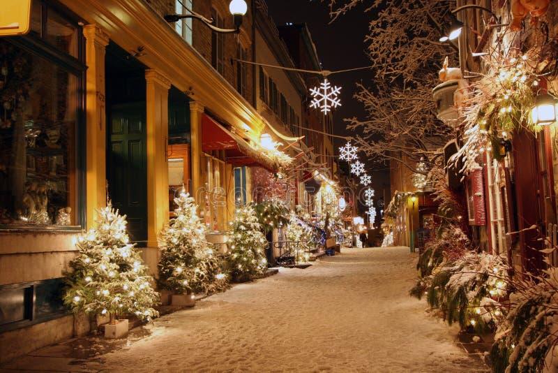Kerstnacht in de Stad van Quebec stock afbeelding