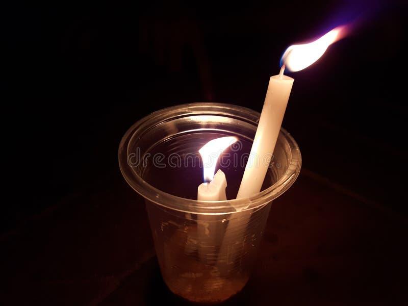 Kerze auf Glas stockfotografie