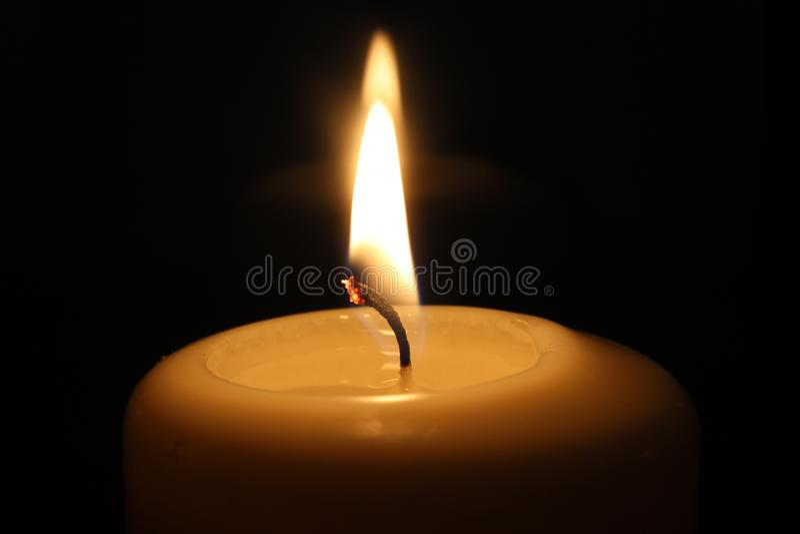 Kerze Burning lizenzfreies stockfoto