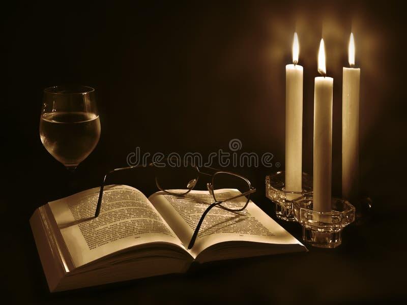 Kerzeleuchte lizenzfreies stockbild