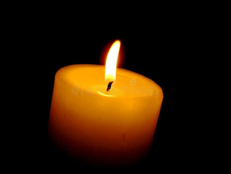 Download Kerzeleuchte stockfoto. Bild von getrennt, liebe, furchtsam - 30132