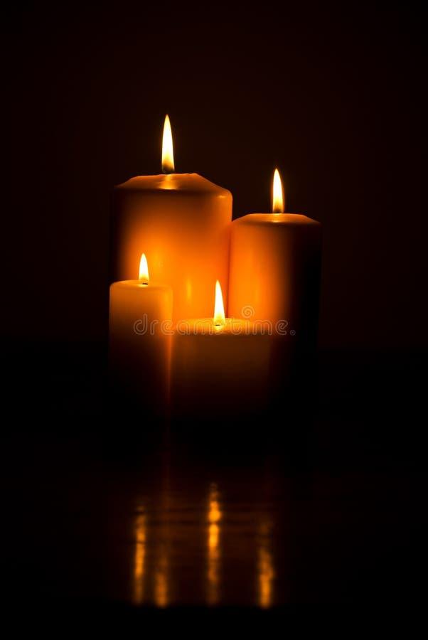 Kerzeleuchten stockbild