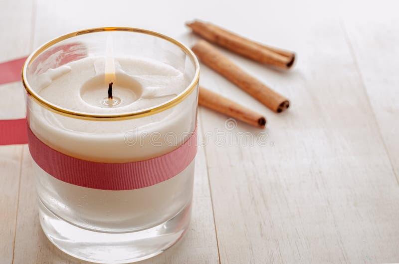 Kerzen-Glas stockbild