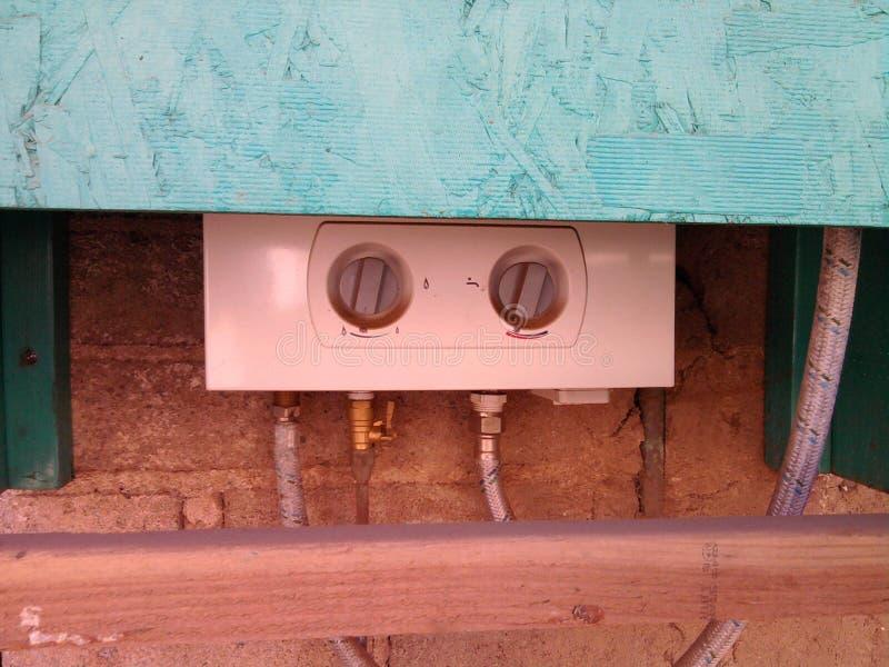 Kessel-Durchlauf-Warmwasserbereiter alles Repared (2) lizenzfreie stockfotografie