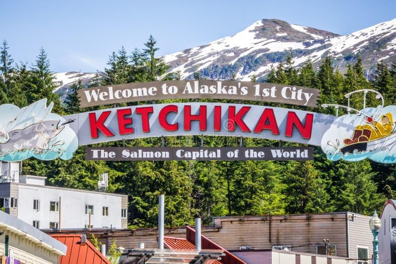 Ketchikan alaska välkomnande till laxhuvudstad av världstecknet arkivbilder