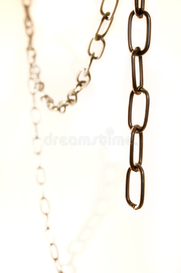 Ketting op witte achtergrond stock foto's