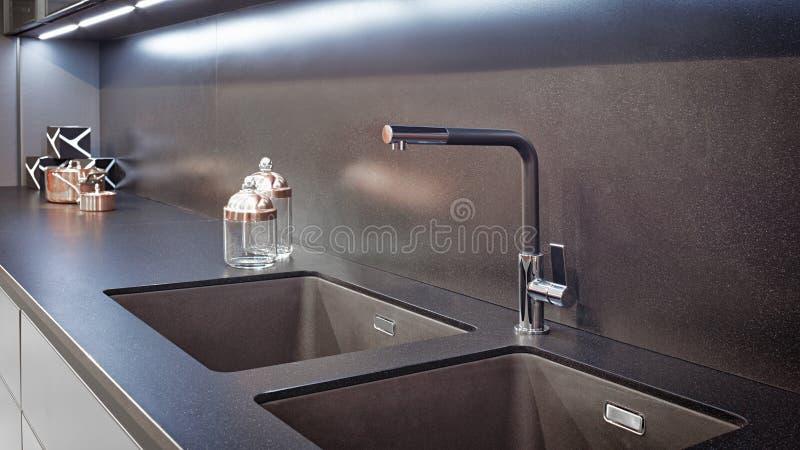 Keuken binnenlandse, moderne keuken met een luxemixer, ontbijtconcept, keukenachtergrond, concept het gezonde eten, binnenlands o stock foto's