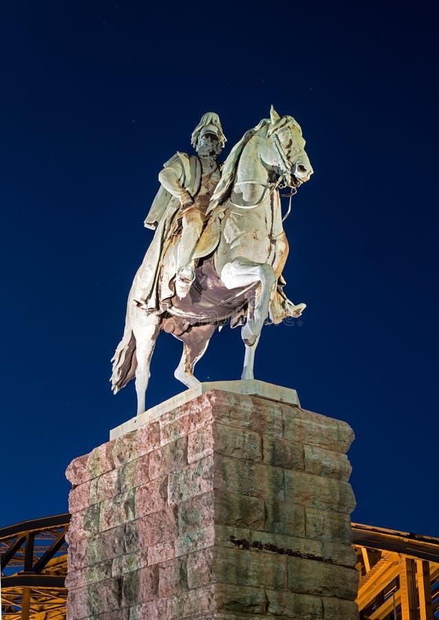 Keulen, Duitsland - Januari 19, 2017: Ruiterstandbeeld van Pruisische Koning Wilhelm I Friedrich Ludwig stock foto