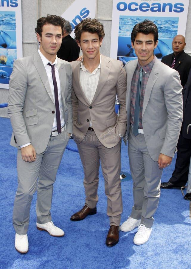 Kevin Jonas, Joe Jonas och Nick Jonas arkivfoton