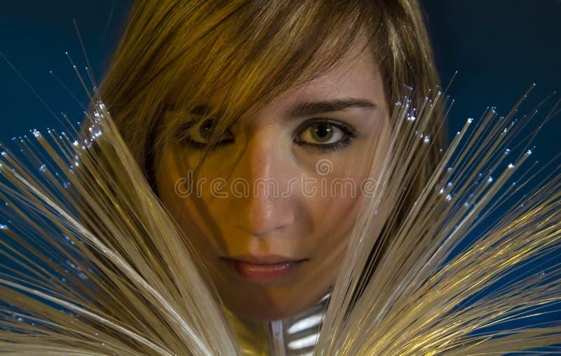 Keyboard.Fiber Optisch concept, vrouw met moderne lichten stock fotografie