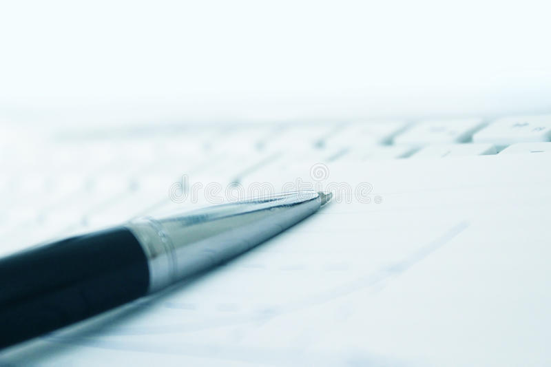 Download Keyboard And Notepaper With Pen Stock Image - Image: 33122397
