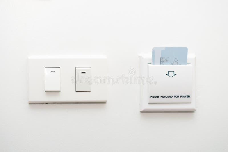 Keycard-Einsatz, zum der Schaltersteuerung anzutreiben lizenzfreies stockbild