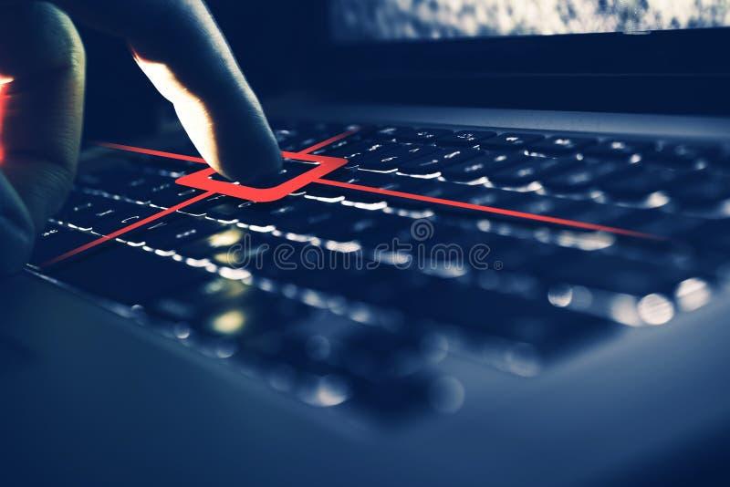 Keylogger datorspion royaltyfria bilder