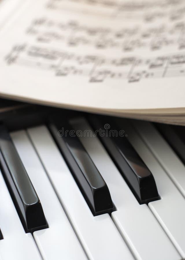 keys musikpianoarket royaltyfria foton